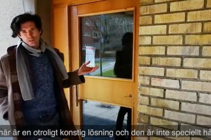Svenska Bostäders dörr av undermålig kvalitet